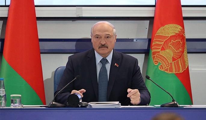 Лукашенко ответил Путину черной неблагодарностью