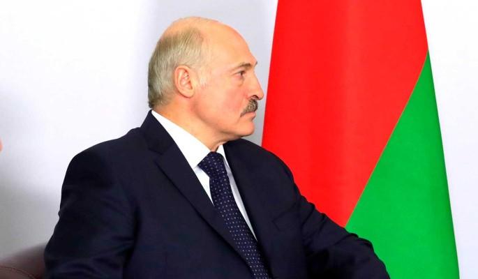 Зарабатывает миллиарды: хапуга Лукашенко сел на шею Путину