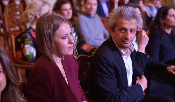 Слишком разные: сделано заявление о расставании Собчак и Богомолова