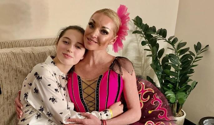 Получившая по голове Волочкова рассекретила проблемы с дочерью