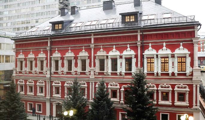 Володин оценил отреставрированные Троекуровские палаты