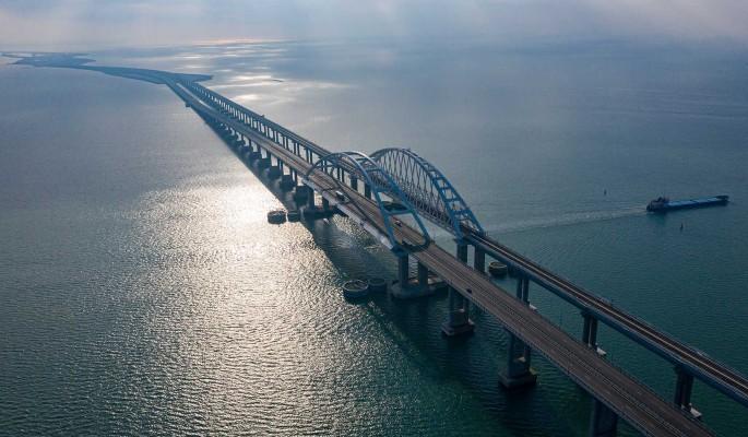 Долгожданное событие на Крымском мосту довело украинцев до припадка