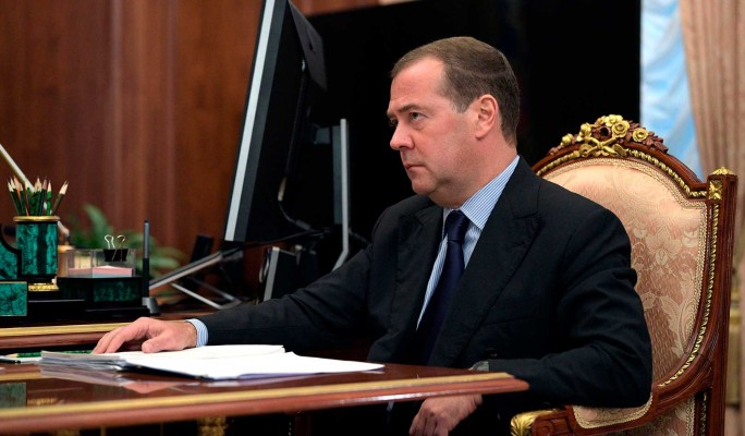 Будь мужиком: Медведев влепил пощечину трусливому Лукашенко