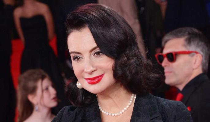 51-летняя Екатерина Стриженова блеснула в шикарном наряде