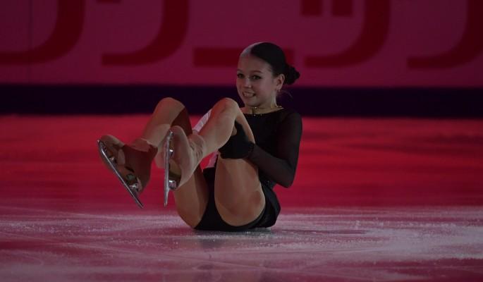 Чемпионка Трусова с треском провалилась