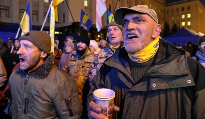 Украинцы закатили истерику из-за делегации Путина в Париже