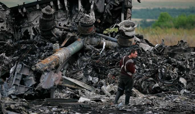 """""""Загнали самолет"""": озвучены детали катастрофы MH17"""