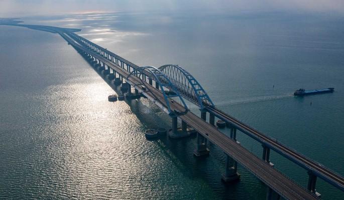 Заявлено о серьезных проблемах с Крымским мостом перед запуском поездов