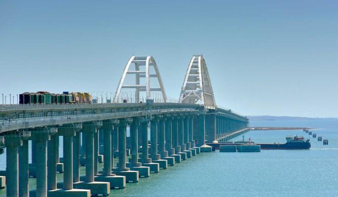 Срочно: приходят сообщения о закрытии Крымского моста
