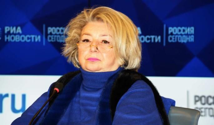 Дрожащая Тарасова рассказала о страшных симптомах у Волчек перед смертью