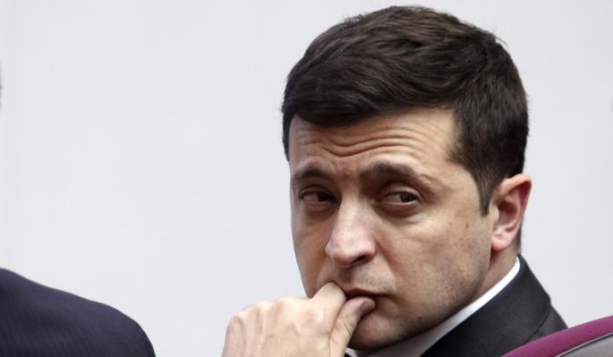 """""""В тюрьму или в психушку"""": Порошенко вынесли предупреждение после новогодней речи Зеленского"""