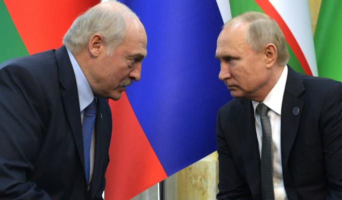 Пререкание с Путиным дорого обошлось изворотливому Лукашенко