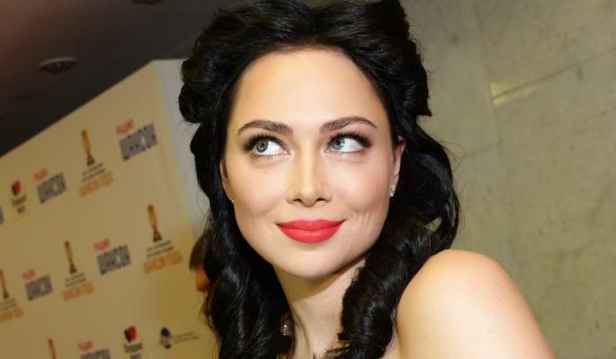 Настасья Самбурская раздвинула ноги в ожидании мужа
