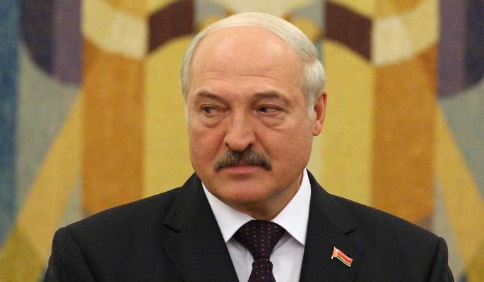 """""""Последние полгода"""": засидевшемуся во власти Лукашенко назвали крайний срок"""