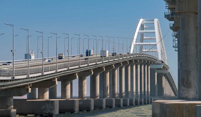 Объявлено о запуске Украиной поездов по Крымскому мосту
