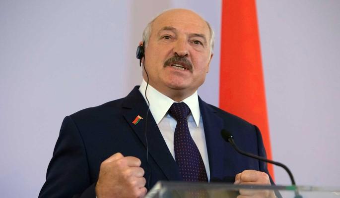 Двуличный Лукашенко бросился к Зеленскому после пощечины от Путина