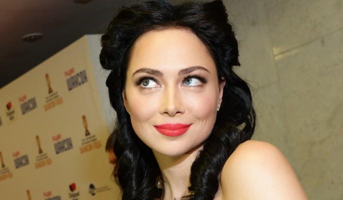 Настасья Самбурская объявила о свадьбе с бывшим парнем Ольги Бузовой