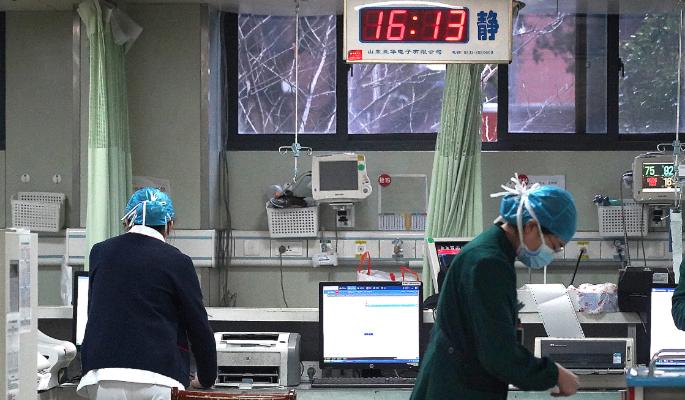 Российская таможня перешла на особый режим работы на границе с Китаем из-за коронавируса