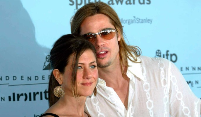 Сияет от счастья: Брэд Питт с Дженнифер Энистон милуются в открытую