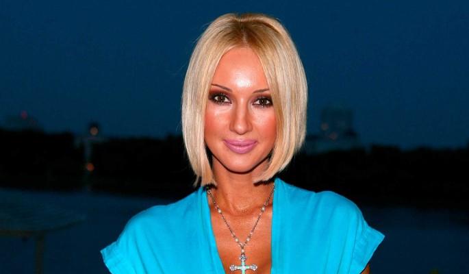 Оставшаяся без большой груди Лера Кудрявцева сообщила об онкологии