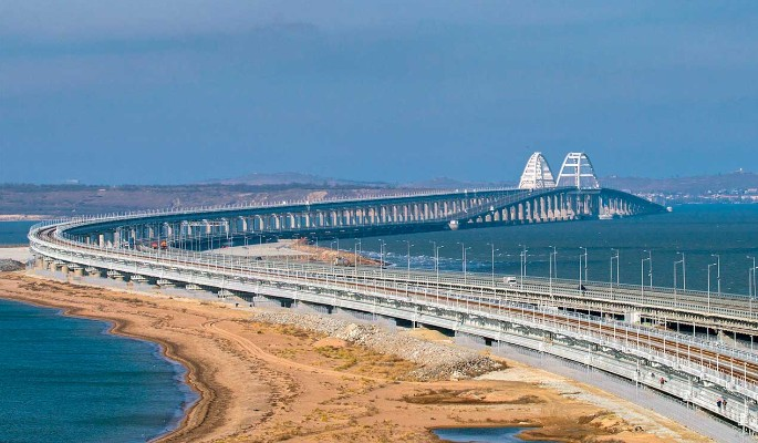 Людей обманули? Поезда через Крымский мост оказались бесполезными