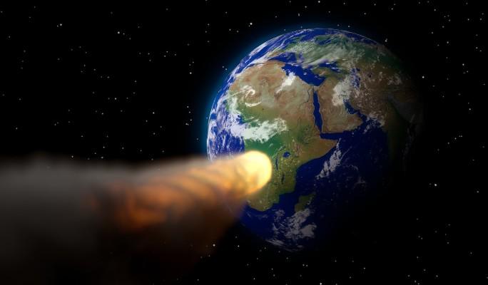 Земляне испугались конца света из-за летящего к планете гигантского астероида