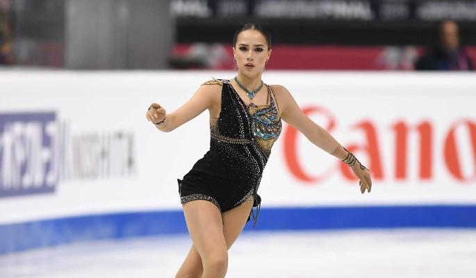 Оставшаяся без поддержки Алина Загитова провалилась на шоу