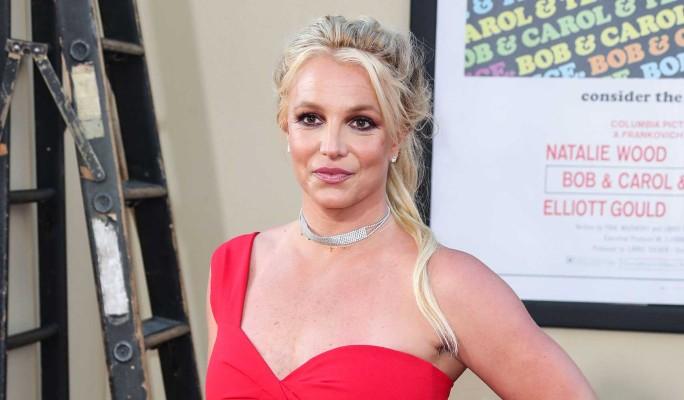 Бритни Спирс угодила в больницу после страшной травмы