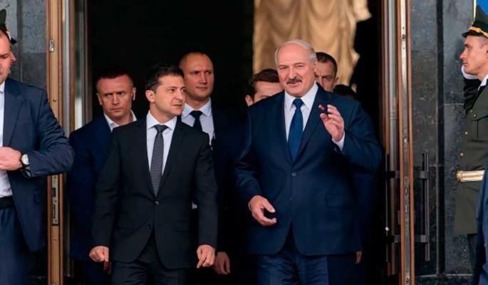 Лукашенко ударил в спину ничего не подозревающего Зеленского