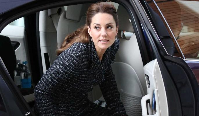 Кейт Миддлтон сбежит из страны на время визита Меган Маркл