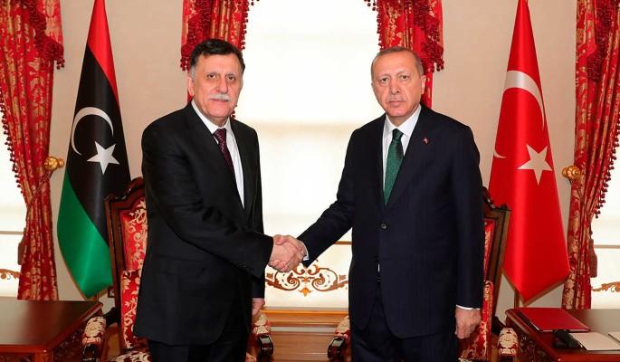 Сатановский объяснил мотив связи между Эрдоганом и Сарраджем