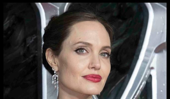 Анджелина Джоли перестала быть интересной для голливудских красавчиков