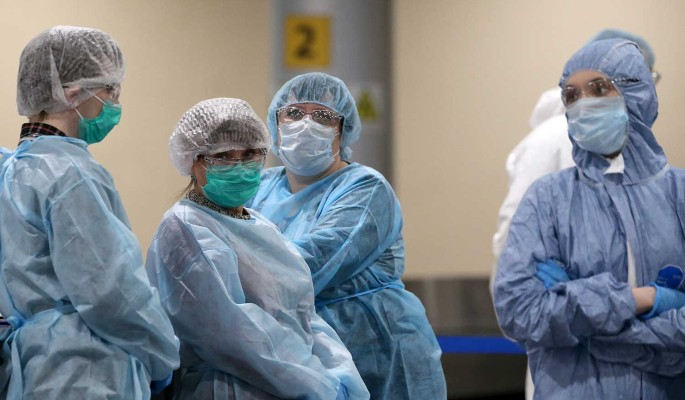 Взбешенные россияне устроили бунт в аэропорту из-за коронавируса