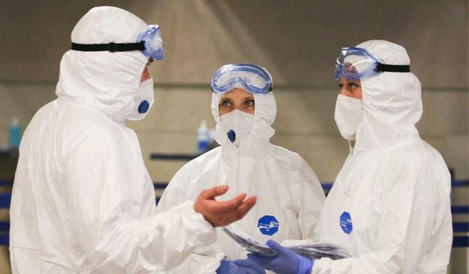 Вирусолог призвал не ждать скорого завершения эпидемии коронавируса в России и мире