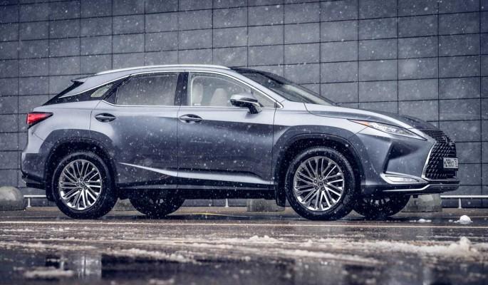 Lexus RX 350: прекрасен в любую погоду