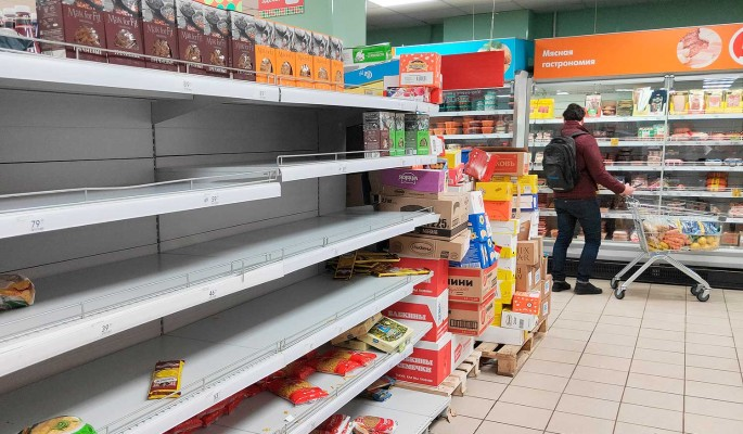 Наживаются на коронавирусе: подорожанию продуктов в России найдено объяснение