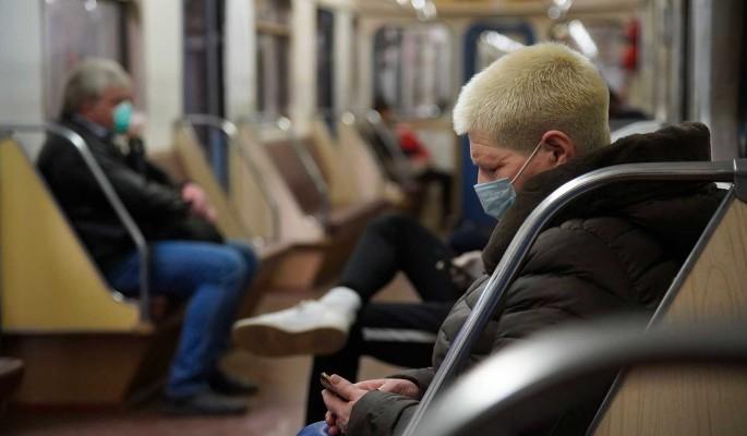 """""""Продолжит циркулировать"""": людям пообещали коронавирус по-новому"""