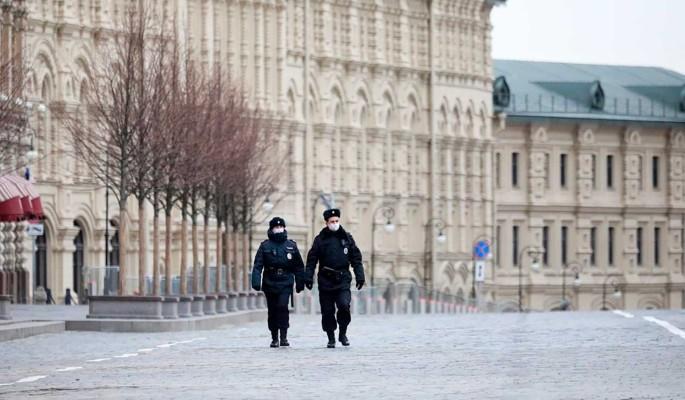 Полицейским разрешили задерживать детей без присмотра взрослых