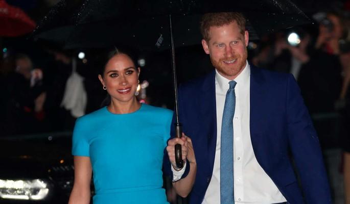 Сбежавшие от королевской семьи принц Гарри и Меган Маркл нашли работу (видео)