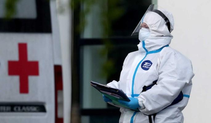 Придет в каждую семью: озвучен пугающий прогноз о коронавирусе в России