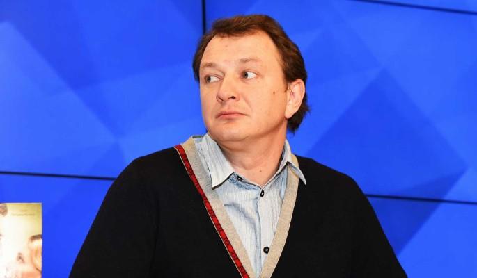 Избитую Башаровым Архарову призывают извиниться перед актером