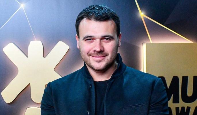 После сообщения о разводе Эмин Агаларов показал любимую женщину