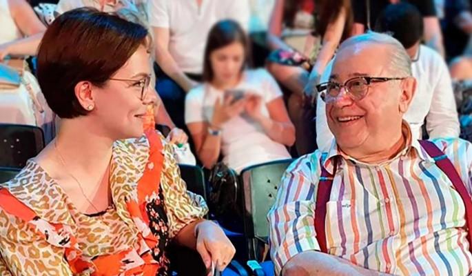 Известный модельер высмеял молодую жену Петросяна за безвкусицу