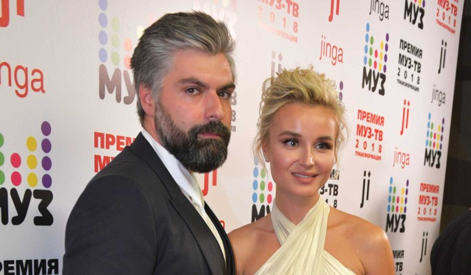 Официальный представитель о разводе Полины Гагариной с мужем