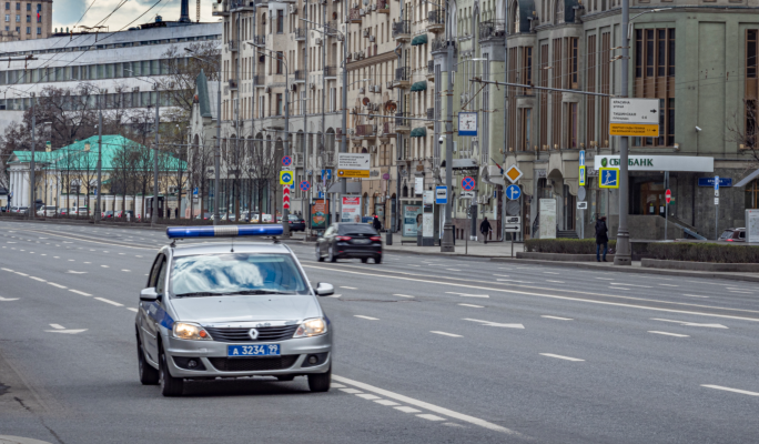 Силовики взяли штурмом банк с заложниками в центре Москвы