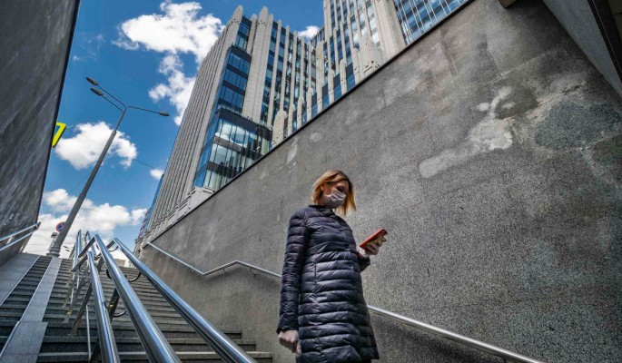 Доктор Мясников назвал реальное количество заболевших коронавирусом в России