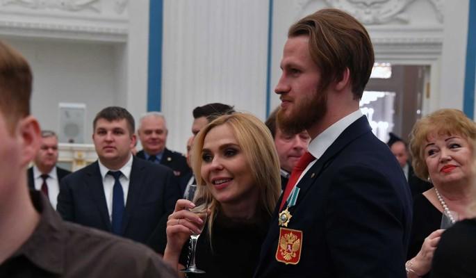 Сойтись не получилось: певица Пелагея подала на развод с хоккеистом