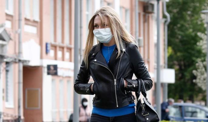 Врач предупредил россиян о риске развития астмы из-за длительного ношения маски
