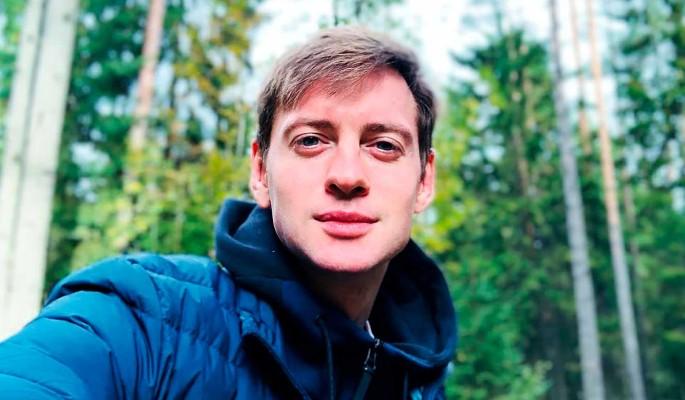 """Звезда """"Молодежки"""" Александр Соколовский порассуждал о поиске второй половинки: Это же, в конце концов, не магазин"""