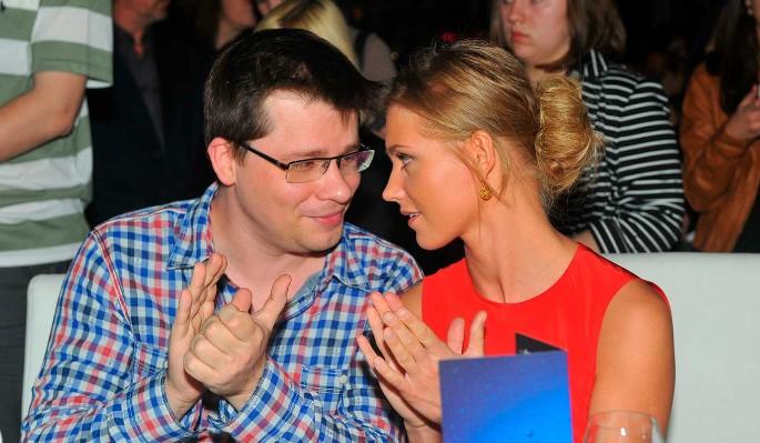 Асмус и Харламов объявили о разводе